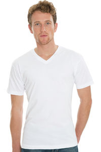 James - Men`s Organic V-Neck T-Shirt